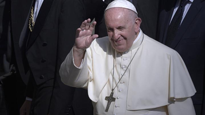 Ловушка папы Франциска: Католический иерарх разоблачил заигрывание понтифика с гомосексуалистами