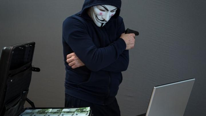 Более 466 миллионов рублей отдали жители Кузбасса кибер-преступникам