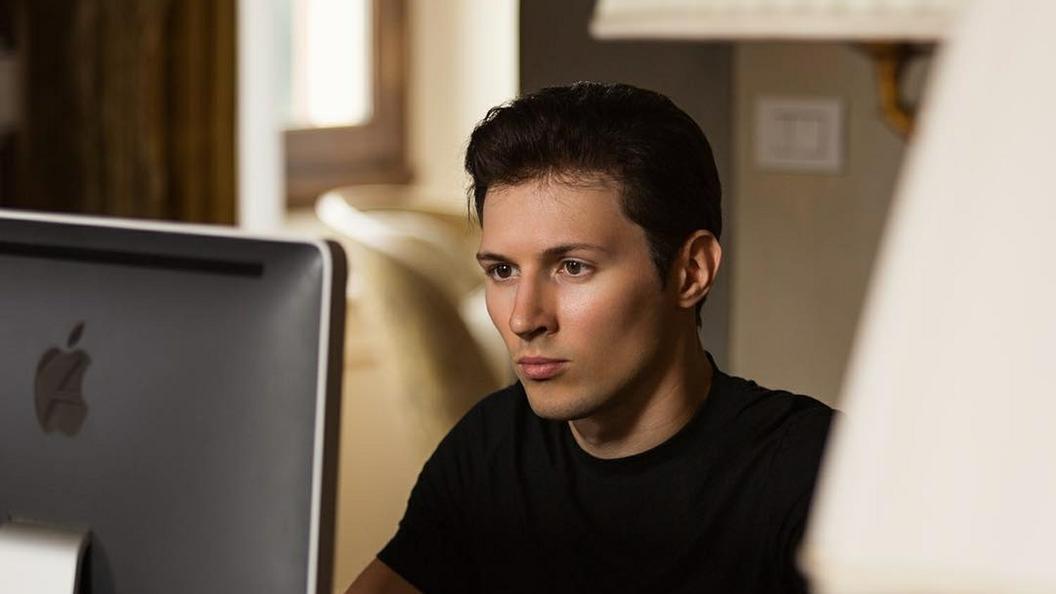 Полуобнаженный Дуров анонсировал обновление Telegram