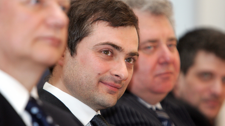 Отражают точку зрения только тех, кто об этом говорит: Песков чётко прокомментировал отставку Суркова