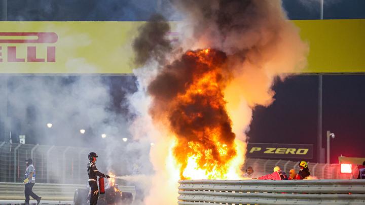 Пилот Формулы-1 спасся из огненной ловушки благодаря нимбу