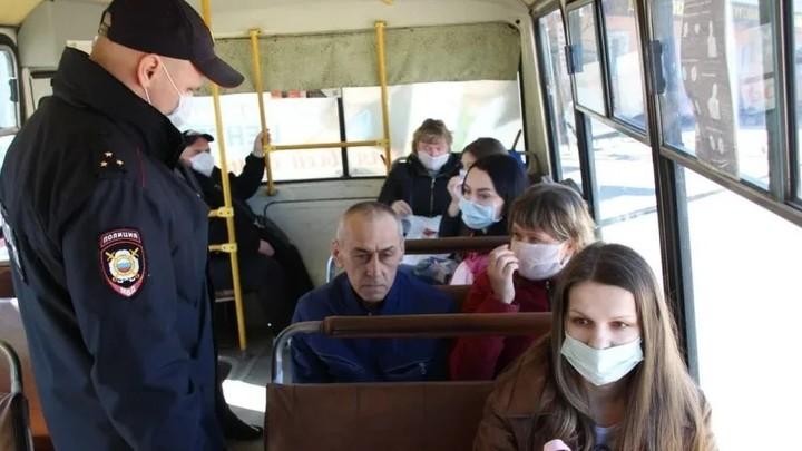 В Краснодаре за отсутствие масок в общественном транспорте 22 человека получили штраф