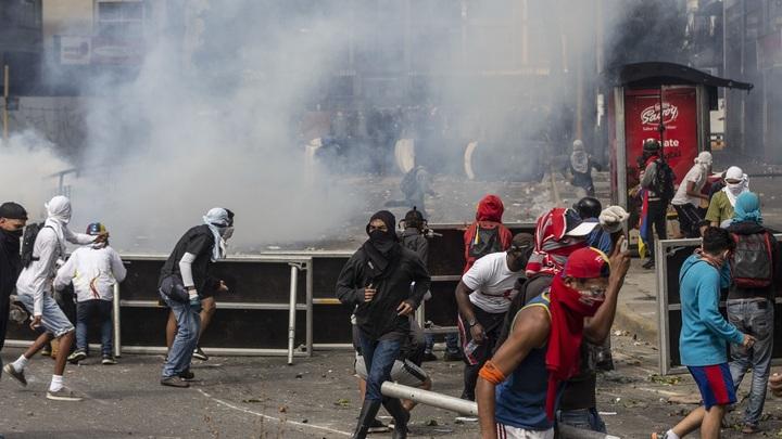 Против нас ведётся экономическая война: Посол Венесуэлы объяснил дефицит в стране