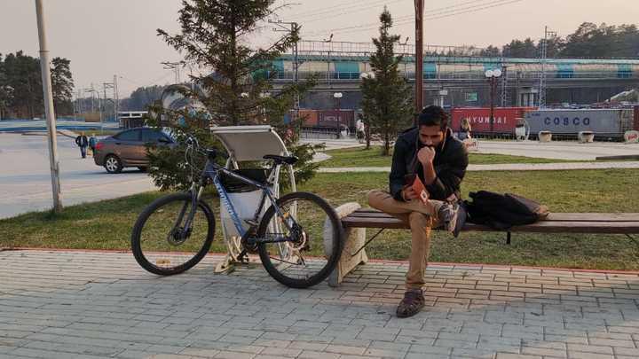 В этой сумке вся жизнь: Студент из Индии просит помощи в поиске украденных документов