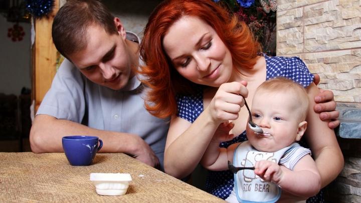 В России повысят пособие на детей от полутора до трех лет