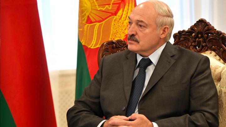 Почему Лукашенко боится России и предпочитает НАТО