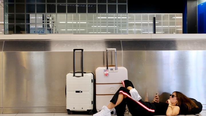 И самолет улетит без вас: Эксперты рассказали о самых типичных ошибках при оформлении авиабилета