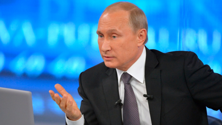 «Загнутся сами»: Как Путин клеймит врагов и предателей