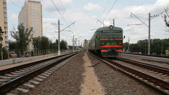 Прошел по касательной: МВД озвучило причины столкновения грузовика с поездом в Югре