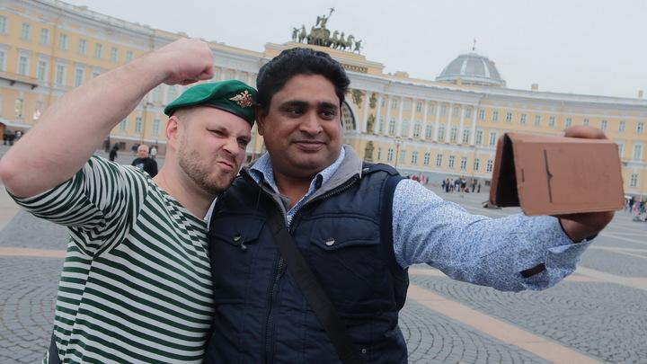 Индиец пожаловался на несносный русский язык: Ваша буква Ы - будто я пытаюсь вытошнить свой обед