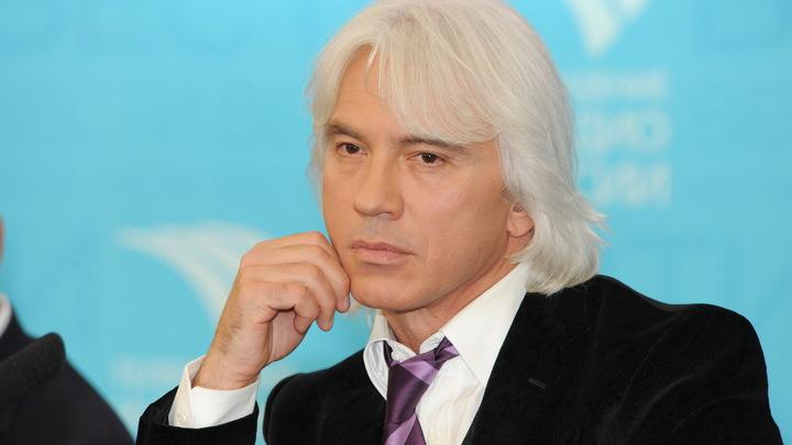 Тело Дмитрия Хворостовского доставят в Москву вечеромсубботы