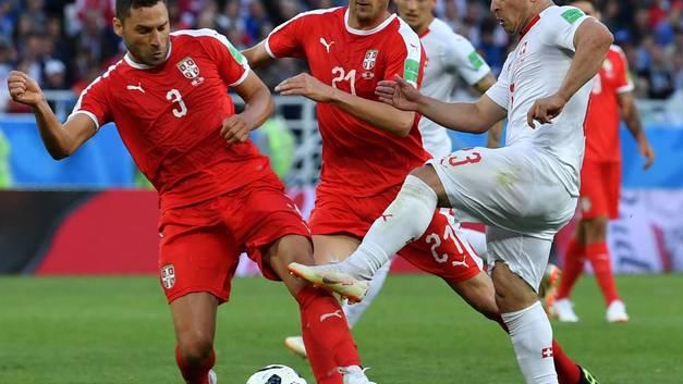 Игрок сборной Швейцарии пошел на провокацию во время игры со сборной Сербии