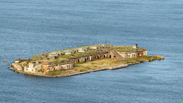 Зрелище для потомков: Берега Балтийского моря усыпали ледяные яйца