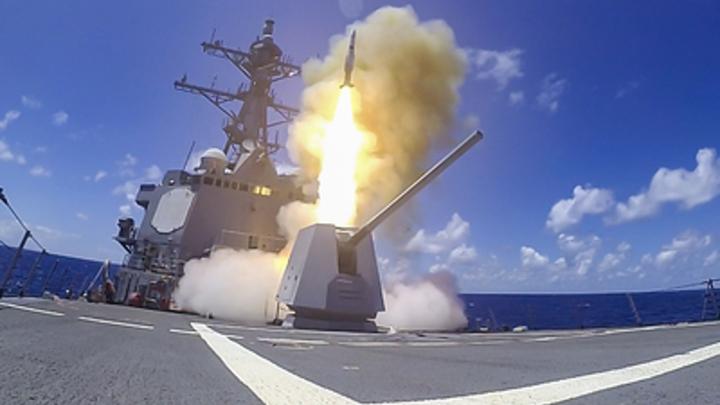 Военная провокация США в сотне километров от России: О чём сигнализирует НАТО?