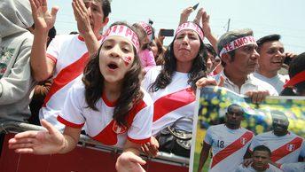 Президент и премьер Перу своим танцем подбодрили сборную на выход в ЧМ-2018