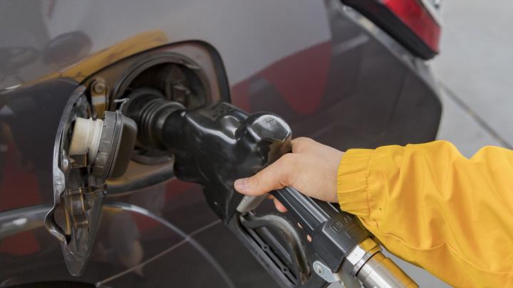 Тройная проверка бензина в России: несколько десятков заправок не смогли доказать качество продукта