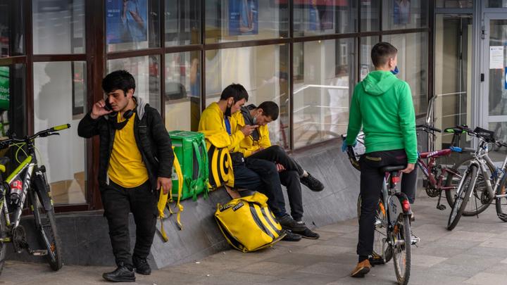 Приедут, всех заразят и останутся: Жириновский предложил остановить миграцию из Средней Азии