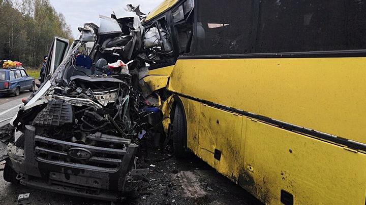 Массовые смерти на дорогах: Кто виноват и что делать