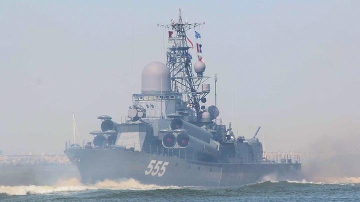 Что задумал Путин?: Российский флот в Средиземном море вызвал панику у турок и англичан