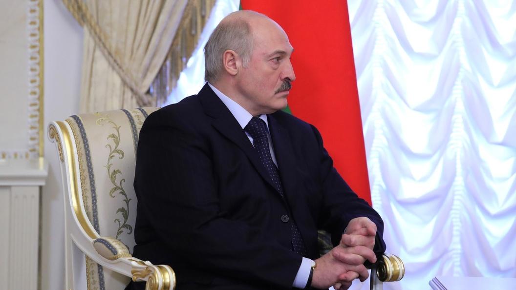 Соцсети восхищены первым реальным селфи Александра Лукашенко