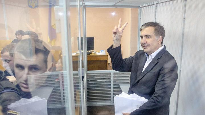 Покорителя крыш Саакашвили отпустили на свободу