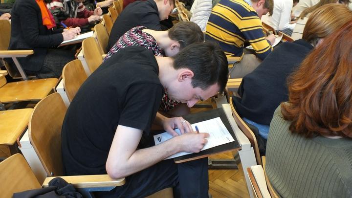 Места в рейтинге есть - реализации нет: Что не так с высшим образованием в России