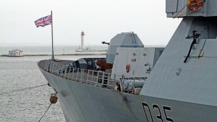 Удачно подарить: Русские объяснили передачу кораблей Британии Киеву