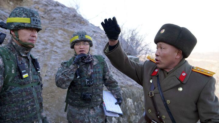 В Северной Корее почтили память советских воинов и запустили неизвестные ракеты - СМИ