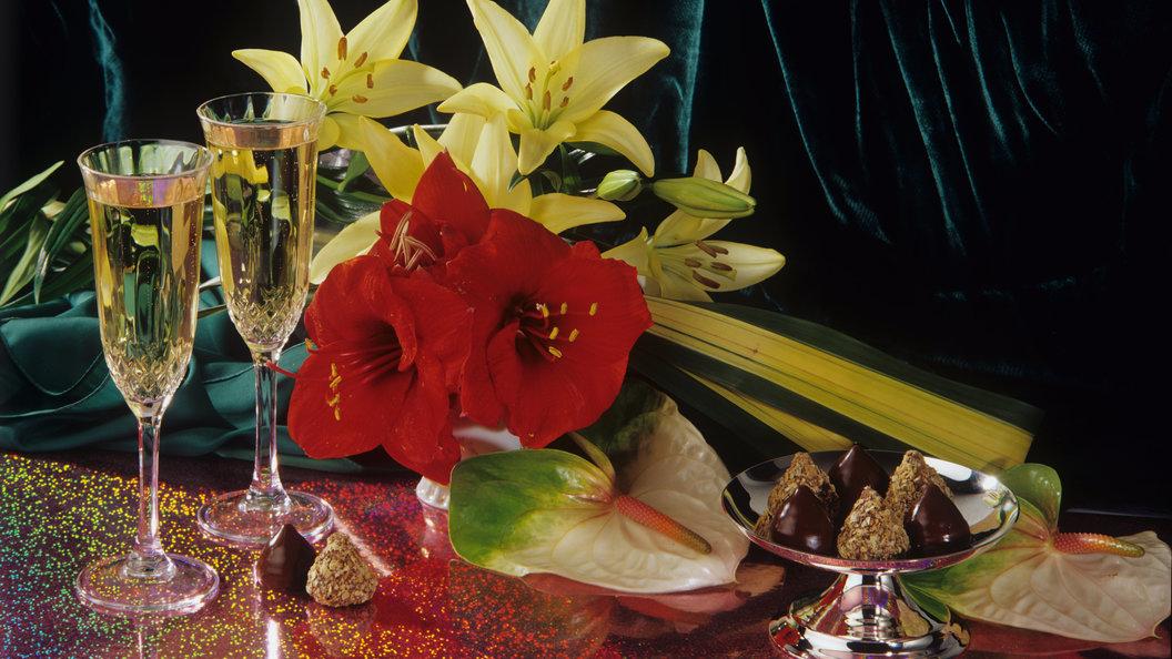 В РФ наНовый год иРождество могут разрешить круглосуточную реализацию шампанского