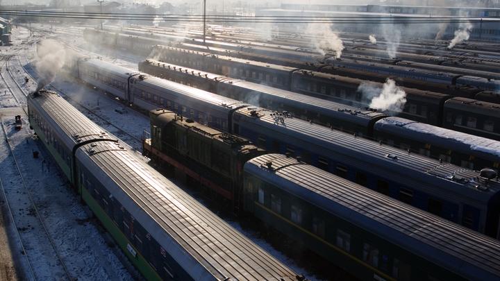 В РЖД объяснили, что станет решающим в спорах пассажиров верхних и нижних полок
