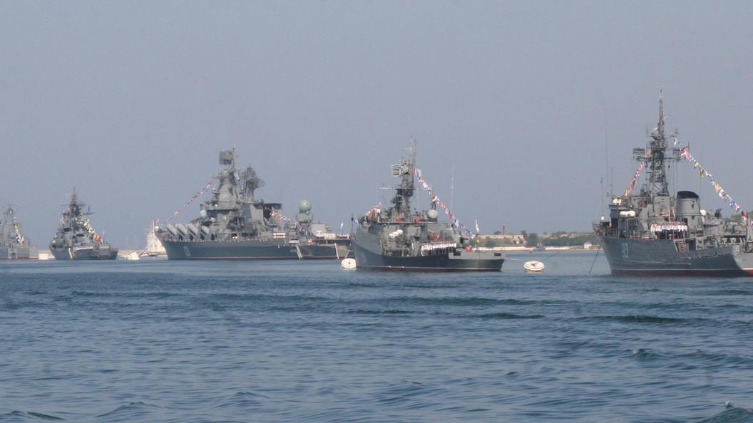 Черноморский флот поднят по тревоге в Крыму