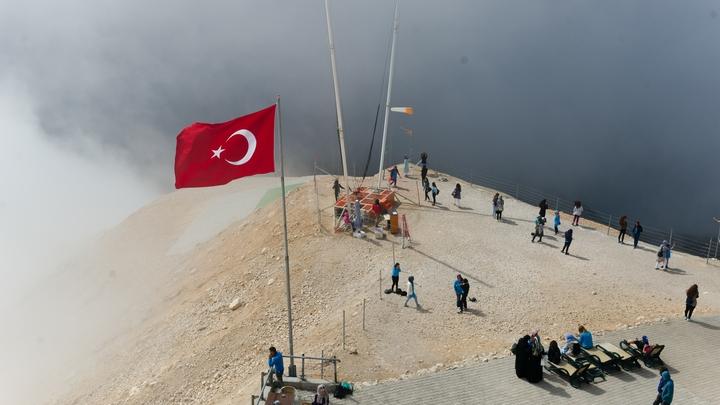 В Турции задержан террорист, планировавшийсбить военный самолет США