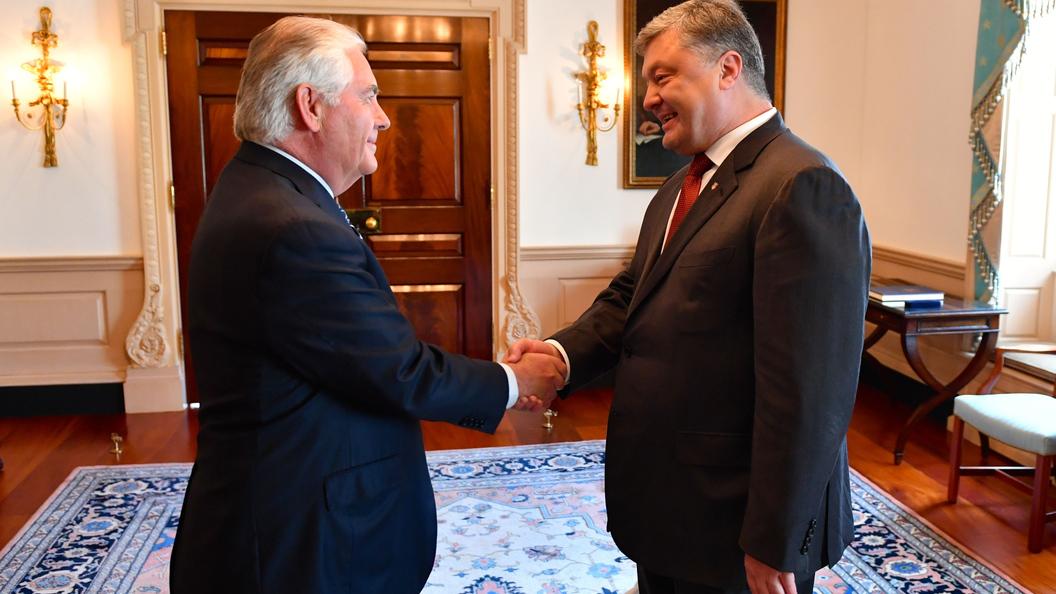 В Киеве назвали дату неподтвержденной встречи Тиллерсона и Порошенко
