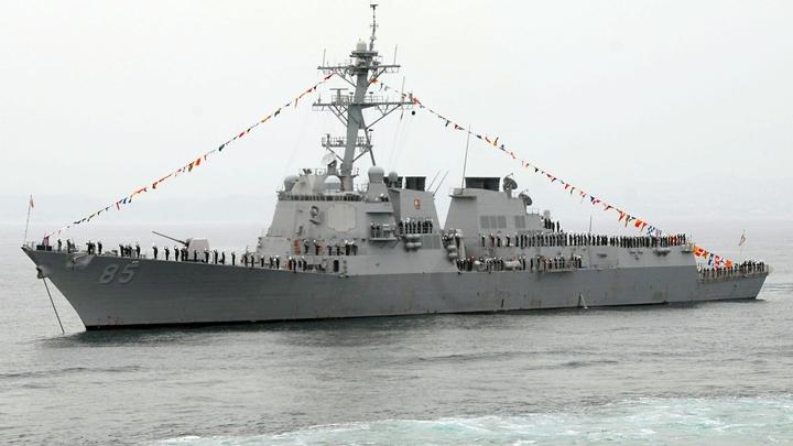 У нас с русскими состоятся разговоры: Пентагон объяснил, почему американский крейсер подрезал корабль РФ