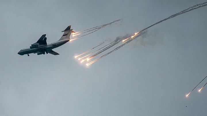 Как ясно солнышко, горят: Военный эксперт о пропаже у берегов Крыма трех американских самолётов B-52