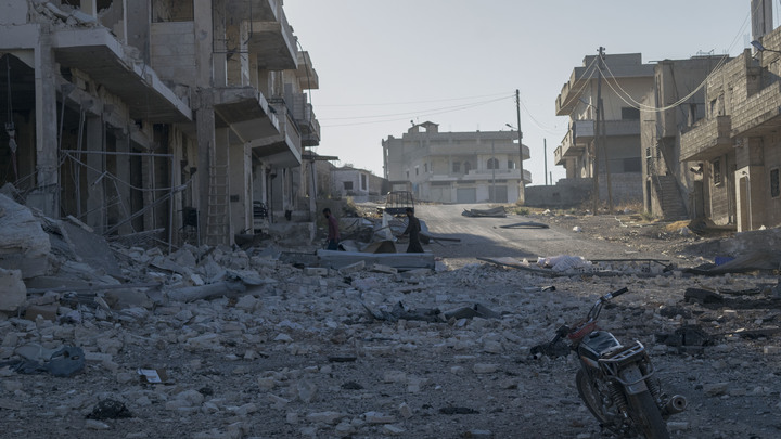Террористы убили 10 военнослужащих Сирии: Солдаты погибли, отбивая обстрел Абу-Дали