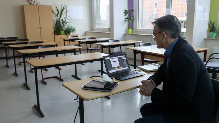 Школы Новосибирской области частично закрывают на карантин из-за коронавируса