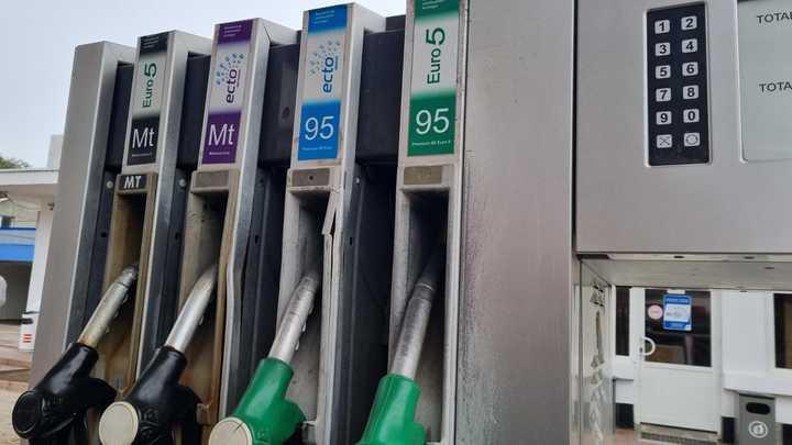 Началось - в Молдове из-за газового кризиса закрывают заправки