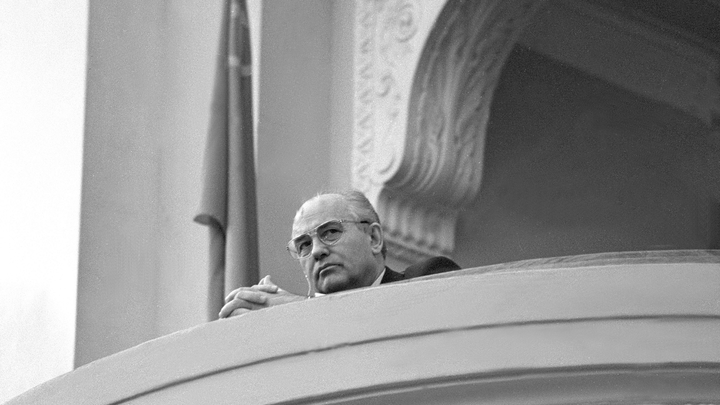 Риторический вопрос о Горбачёве: Жириновский не сдержался