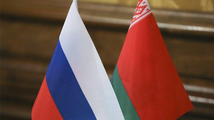 Путин обсудил с Лукашенко ситуацию в Карабахе после поездки белорусского президента в Баку