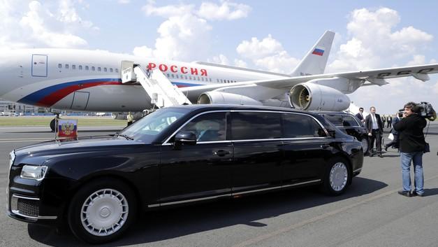 У президентского лимузина «Кортеж» появится родственник - «народный» кроссовер