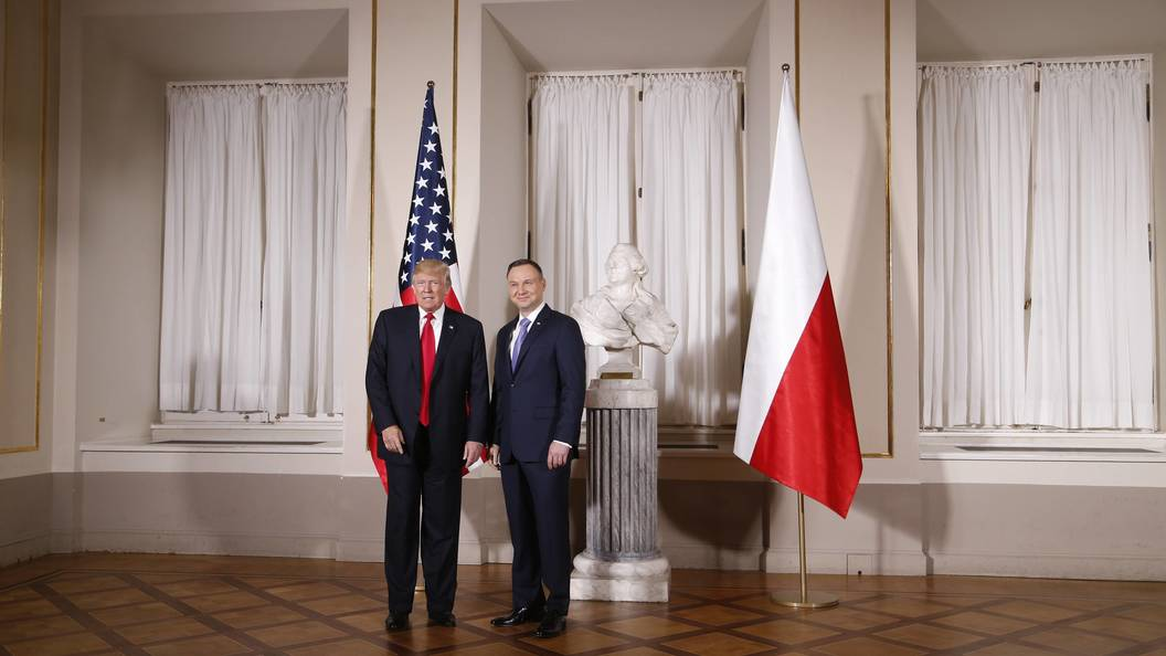 Трамп и Дуда испугались российско-белорусских военных учений Запад-2017