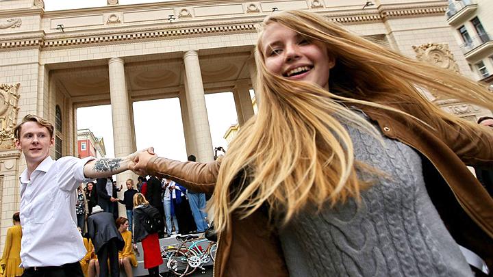 Не спешите приговаривать нашу молодёжь: Неудобный вопрос Левада-центру