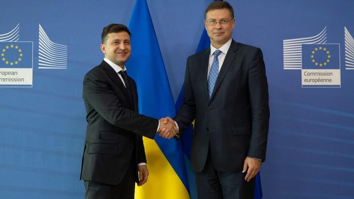 Зеленский прокомментировал заявления о возможном дефолте на Украине