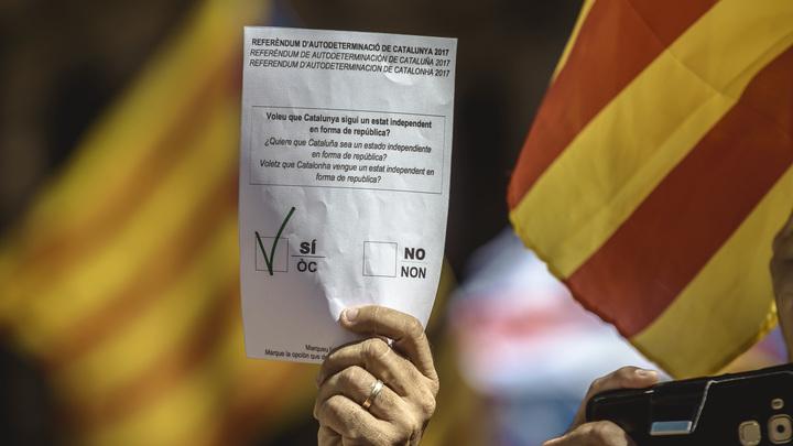 МИД Испании обвинил в постоянном вранье власти Каталонии
