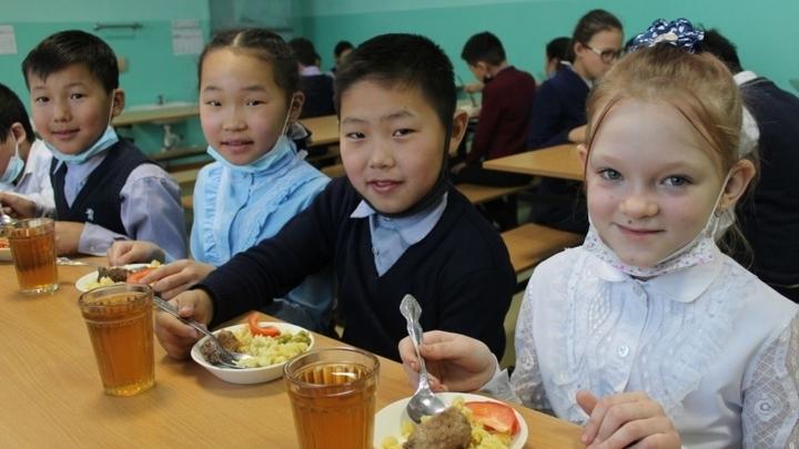 Кушать подано: в Забайкалье улучшат 72 школьных столовых