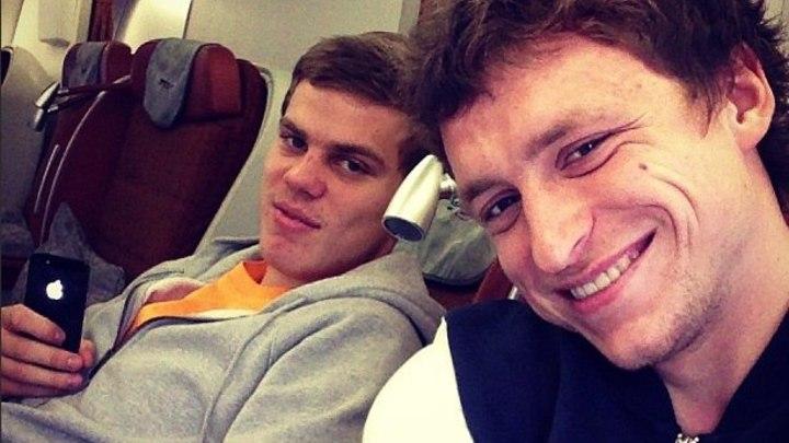 Футболисты Кокорин и Мамаев избили чиновника в Москве: Бросали в него стулья, были неадекватны