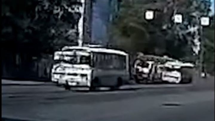 Водитель автокрана получил срок за таран маршруток в Челябинске