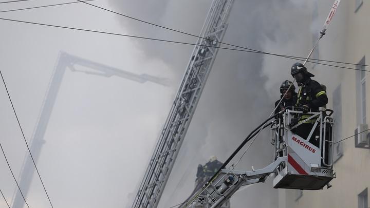 Из ивановского ТЦ в момент пожара удалось вывести 200 человек