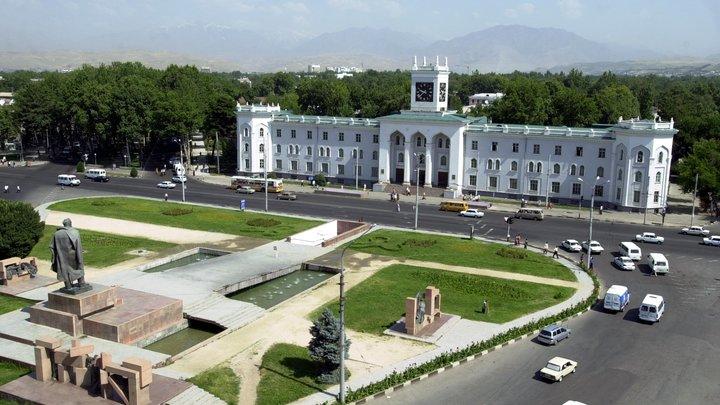 Пашинян в Душанбе обсудил с президентом Ирана грузоперевозки в Армению
